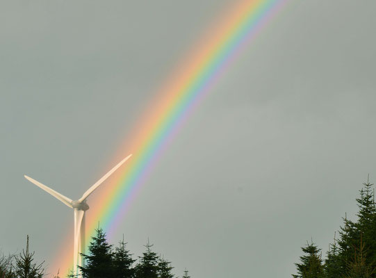 28 - Windrad, Windkraftanlage, Windkraft, Windgenerator, Ökostrom,  Windpark Oederquart, Regenbogen