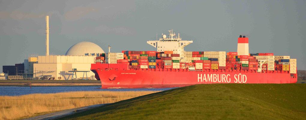 162 - Die Hamburg Süd auf der Elbe zwischen Cuxhaven und Hamburg.