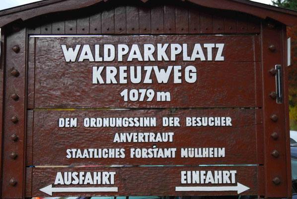37- Waldparkplatz, Kreuzweg