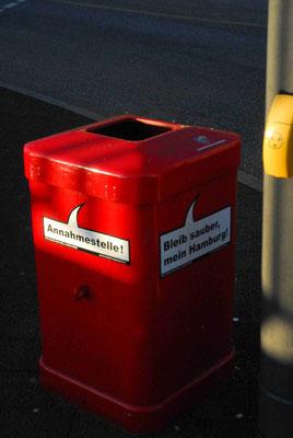 17- Hamburg, Müleier, Papierkorb, Sprüche, Stadtreinigung, rot, bleib sauber mein hamburg