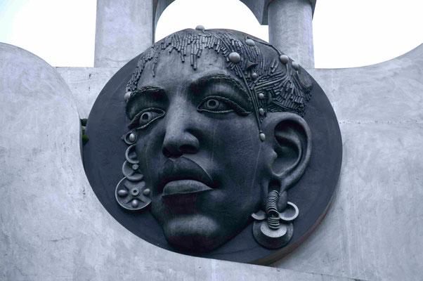 17- Bietigheim, Skulptur, Turm der grauen Pferde, Detail