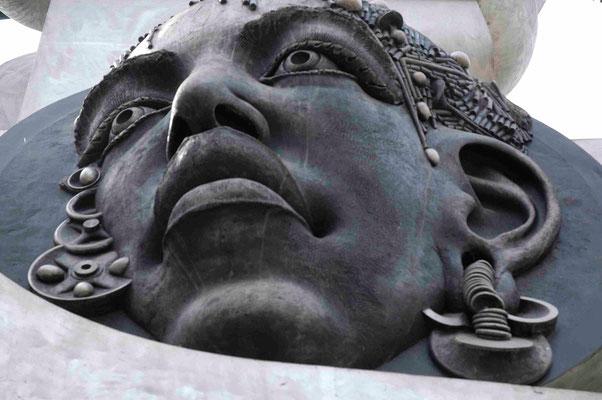 29- Bietigheim, Skulptur, Turm der grauen Pferde, Detail