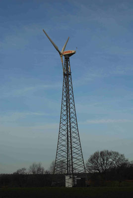 94 - Altes Windrad bei Hemmoor.
