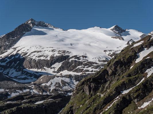 """Die Spuren vom Hubelhorn sind auch Tags darauf noch wie eine klare Linie in den Schnee """"gemeisselt"""""""