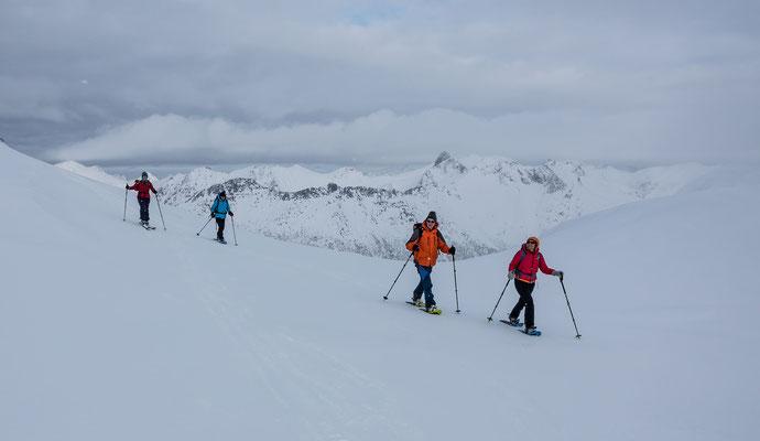 Der erste Teil des Aufstiegs zum Rundfjellet ist für beide Gruppen identisch