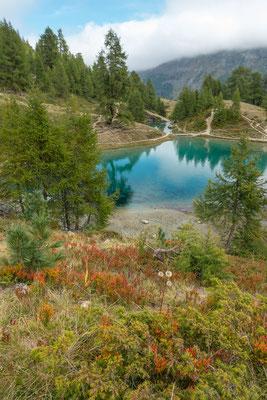 Der Lac Bleu macht seinem Namen alle Ehre.