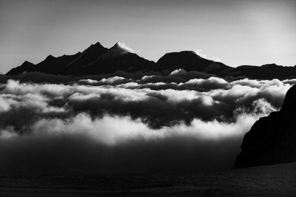Dom, Täschhorn und Alphubel beim Aufstieg zum Furgghorn