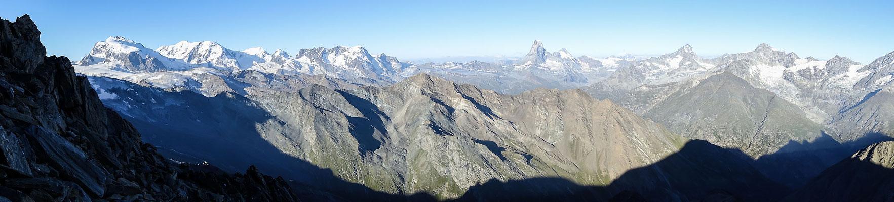 Panorama mit Matterhorn, Dent d`Hérens, Dent Blanche und Zinal Rothorn