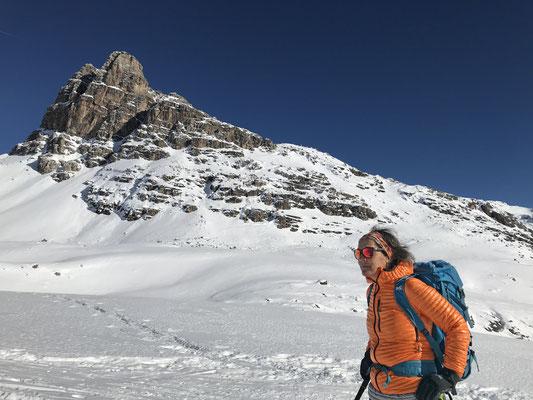 Ausflug ins Bündnerland. Am Julierpass liegt genug Schnee für eine Skitour