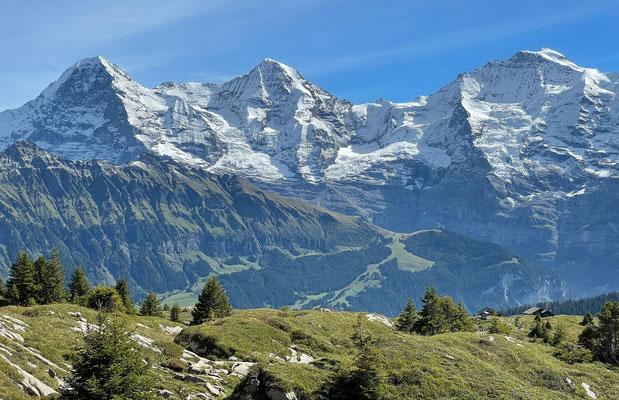 Lobhornhütte mit berühmtem Ausblick auf Eiger, Mönch und Jungfrau