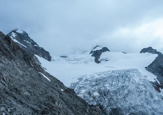 Der Col Durand liegt gerade noch unter der Wolkengrenze