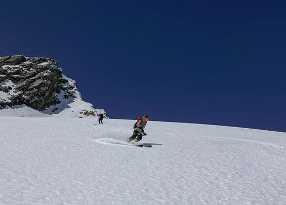 Perfekt aufgesulzt, so macht das Skifahren Anina Spass