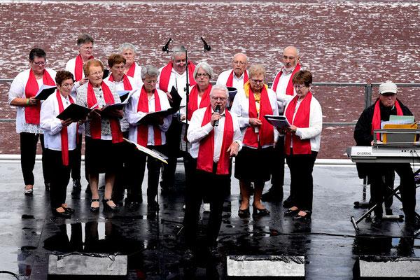 Chants avec Les Hermines Joyeuses de Rannée