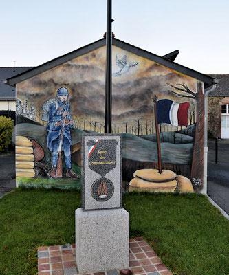 Le Square des Commémorations avec la fresque de Justine