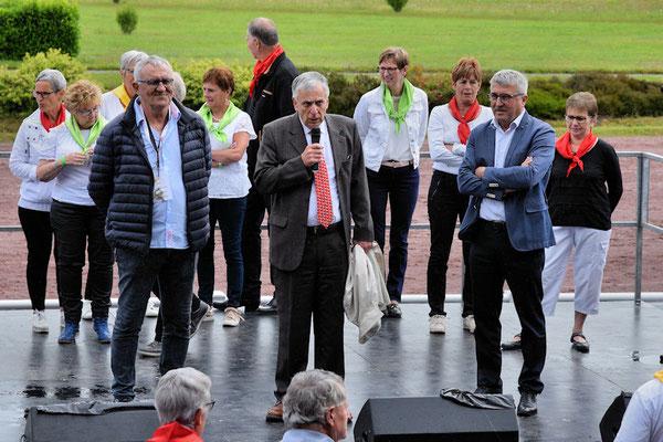 André Trelluyer, Alain Lacorne maire de Les Brulais et Jacques Daviau du Conseil Départemental