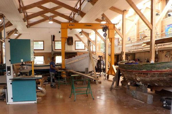 Paulliles - Port Vendres  -  Atelier conservatoire des barques catalanes