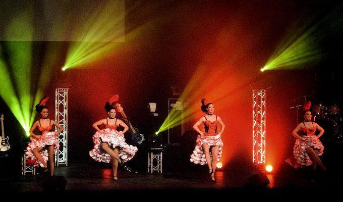Rythme et ambiance cabaret pour les spectateurs