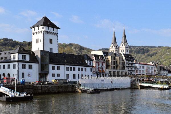 Boppard sur la rive gauche - En arrière plan l'église Saint Séverin