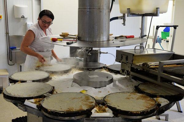 La fabrication traditionnelle des crêpes