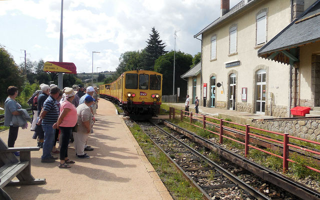 Retour de Mont Louis, le train jaune arrive