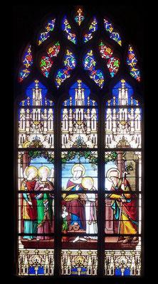 Tous les autres vitraux (19) sont de l'atelier rennais Lecomte et Colin (période 1879 à 1895)