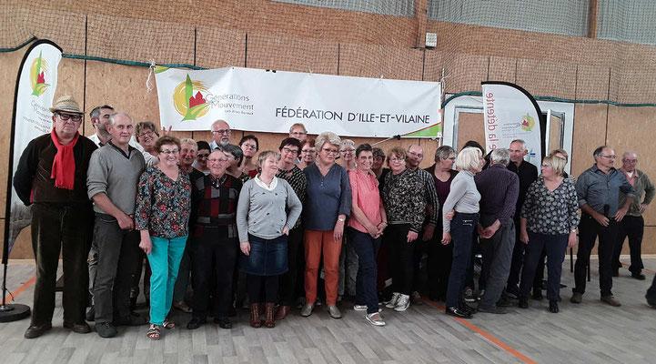 Photo finale avec les bénévoles et les membres du C.A.