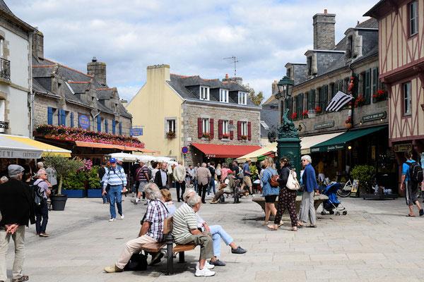 La place Saint-Guénolé