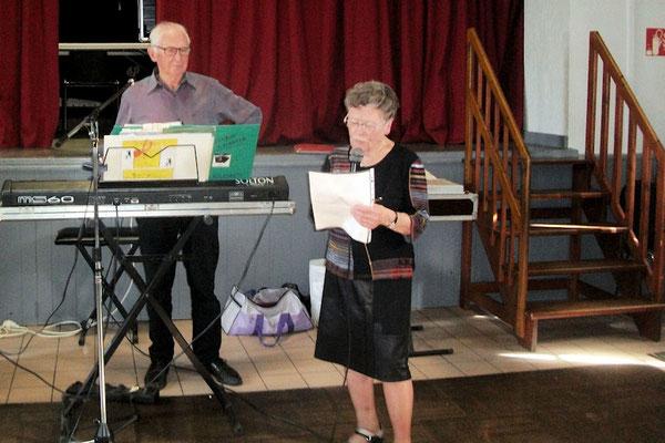Une petite chanson du temps ancien avec Marie Jagline accompagnée par Bernard Esnault