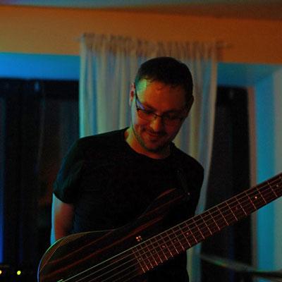 Bass: Eduard Riffel
