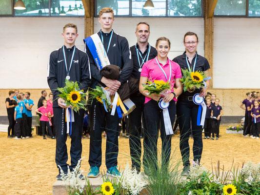 Bayerischer Meister Junior-Einzel: 1. Gregor Klehe (VVI), 2. Jannik Liersch (VVI), 3. Sema Homberg (Weicht)