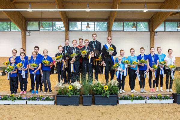 Bayerischer Meister Senior Gruppen: 1. Vv Ingelsberg 1, 2. RVC Gilching, 3. VV Ingelsberg 3