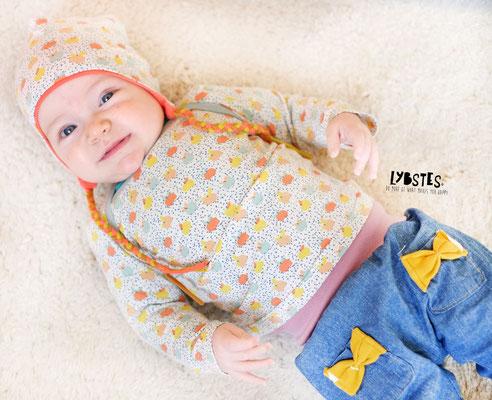 FREEBOOK: Babymütze mit Ohrenschutz nähen - Lybstes.