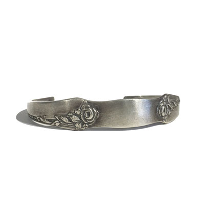 THEFT antique spoon silver bangle