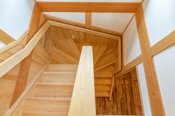 木と漆喰でつくる家,岐阜県山県市,野々村建設,デザイン住宅,新築,自然素材の家,芯壁つくり