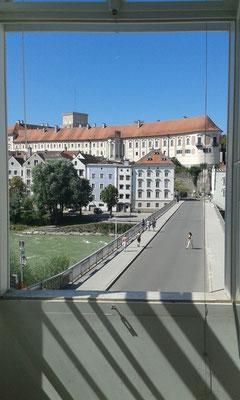 Ausblick vom Massage Raum ins Zentrum Steyr