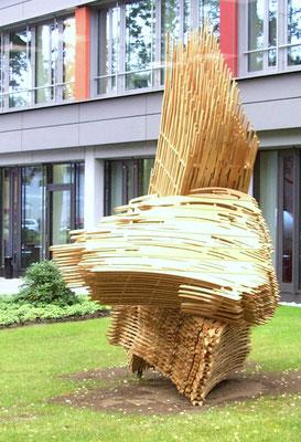 Die große Pinselskulptur