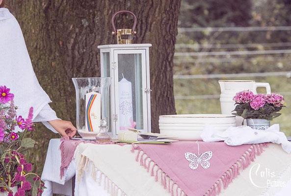 Tauftisch freie 'Willkommensfeier – Foto von Melanie Mauro, Calis Pictures