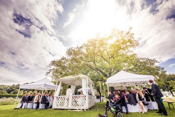 Traulocation mit Hochzeitspavillon – Foto von Christoph Letzner