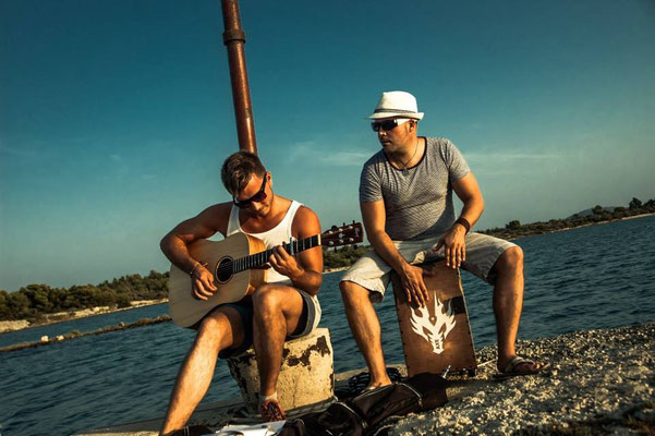 Band Beach Acoustic