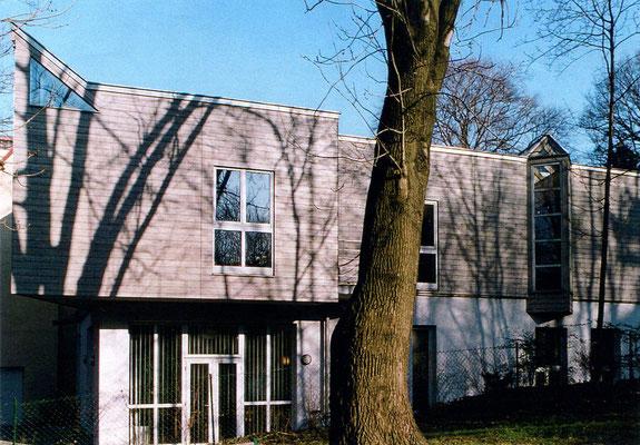 INSTITUTSGEBÄUDE DER JULIUS RAAB-STIFTUNG 1120 WIEN ZU- UND UMBAU    1994-1996         FOTO: ANNA BLAU