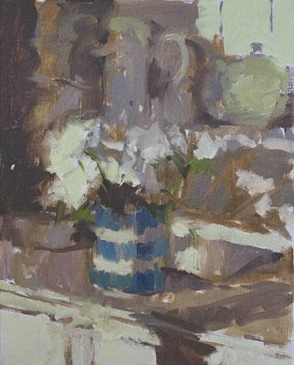 White roses on the dresser