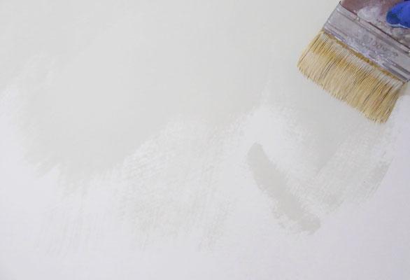 Badigeon de chaux appliqué à la brosse