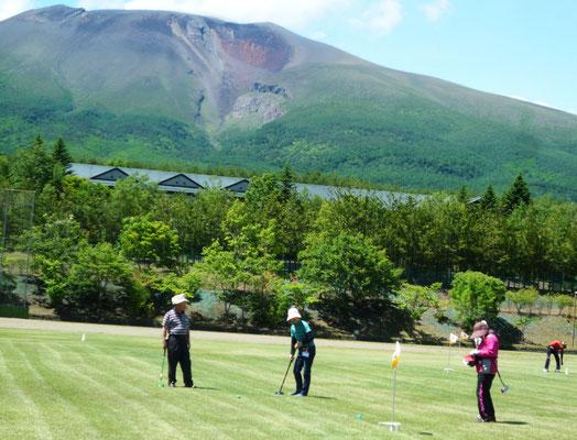 グラウンドゴルフの競技模様