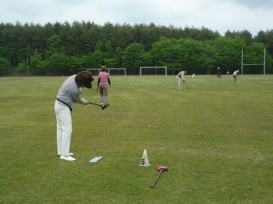 芝の状態等を見極めながらの練習状況。