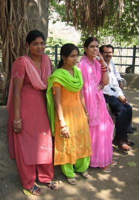 Mumbai - stolzer Familienvater