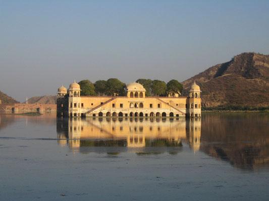 Wasserschloß in Jaipur
