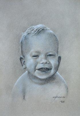 Isaac - 2016, 21 x 29 cm, Kohle auf Papier