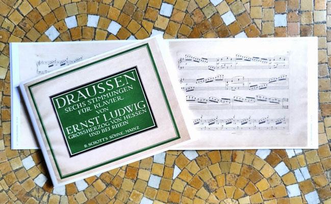Zu Ehren Ernst Ludwigs aufgelegte Noten DRAUSSEN