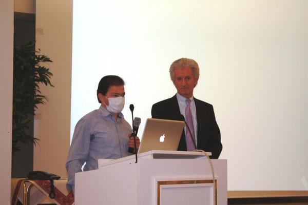 Niko Gözüpekli mit seinem Arzt Prof. Dr. Veselin Mitrovic