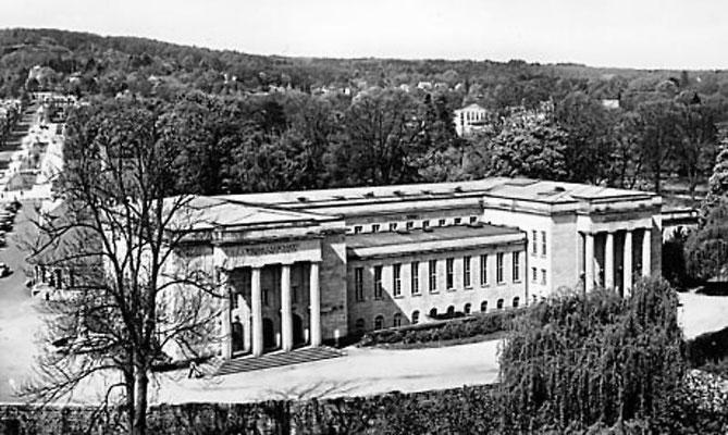 Das W.G. Kerckhoff-Institut, dem heutigen Max-Planck-Institut für Herz- und Lungenforschung am Usa-Bogen und an der Parkstraße in Bad Nauheim, Foto: Online-Museum Bad Nauheim